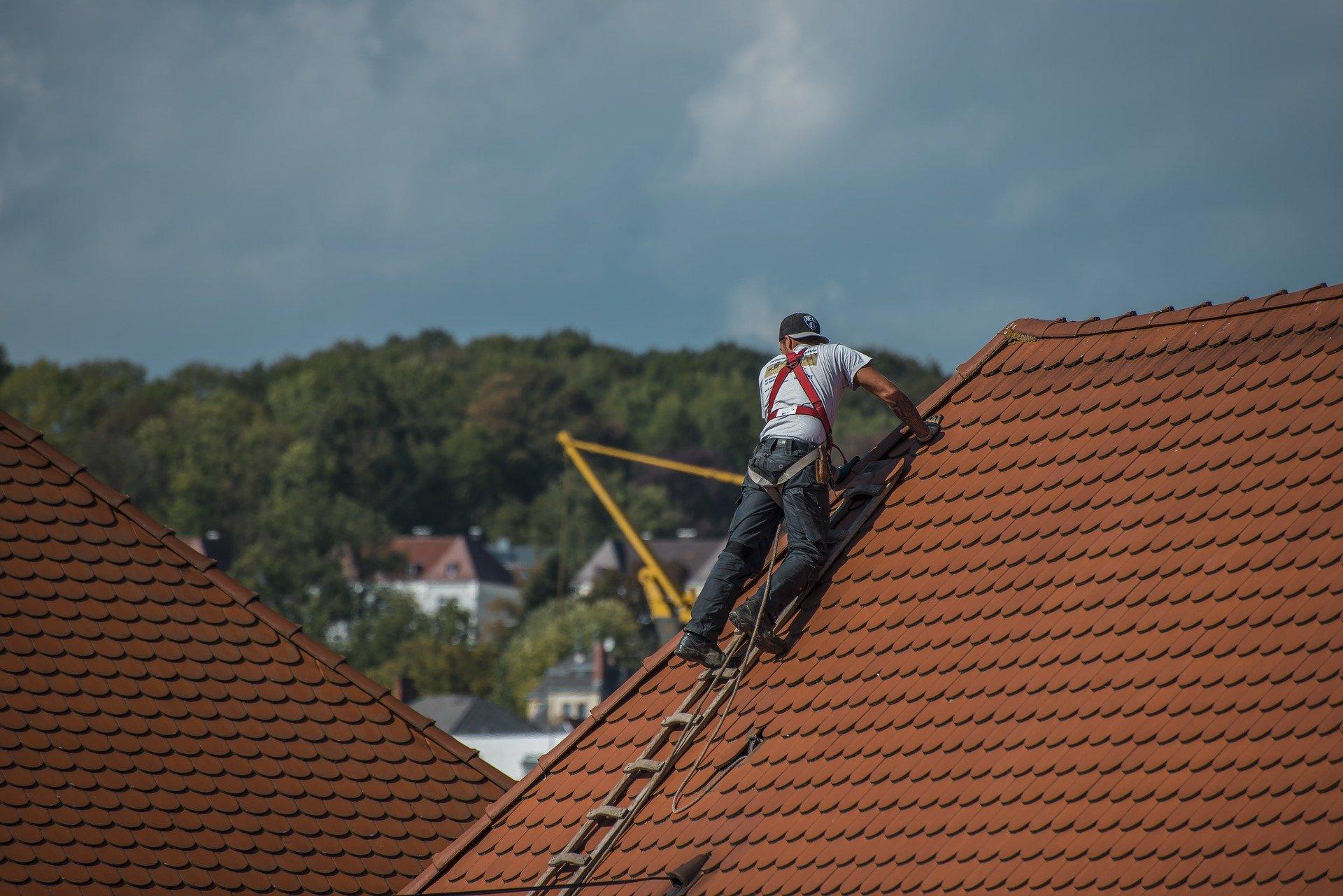 Entretenir vos toitures avant la saison hivernale